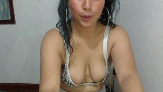 Call me Chloe nude in live sex chat